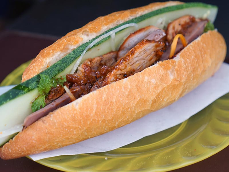 Banh My - A delicious dish for a Hoi An Night Street Food Tour - Vietnam cityinsight
