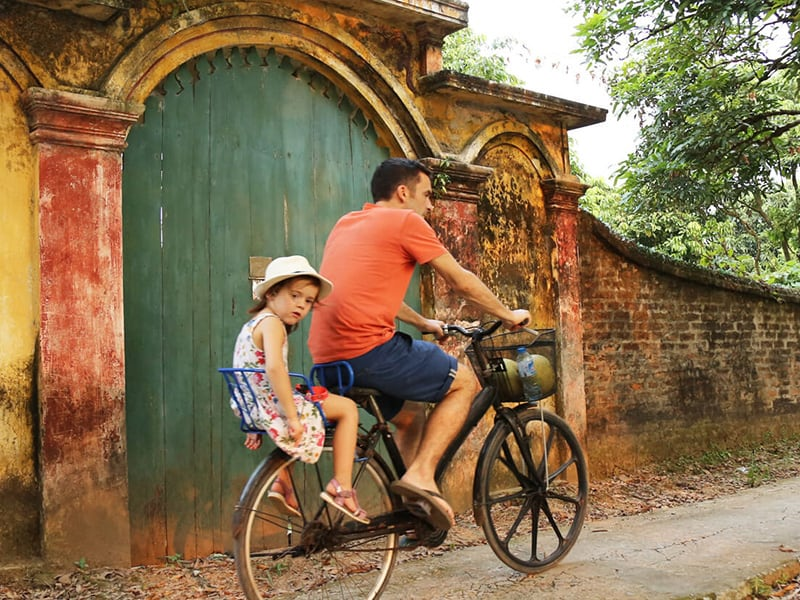 Biking in Tho Ha Village - Private tour from Hanoi to Ninh Binh Full day
